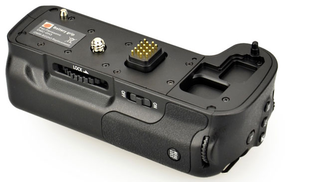 Battery-Grip_side-Back_web