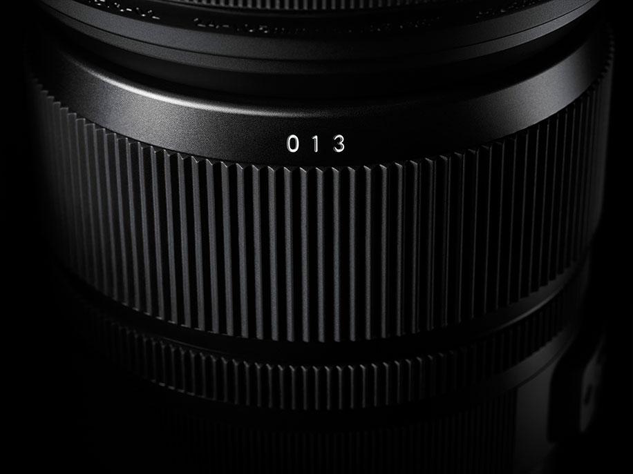 Sigma-24-105mm-f4-DG-OS-HSM-lens-2