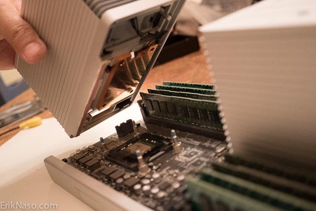 Heatsink Fan Plug line it up (1 of 1)