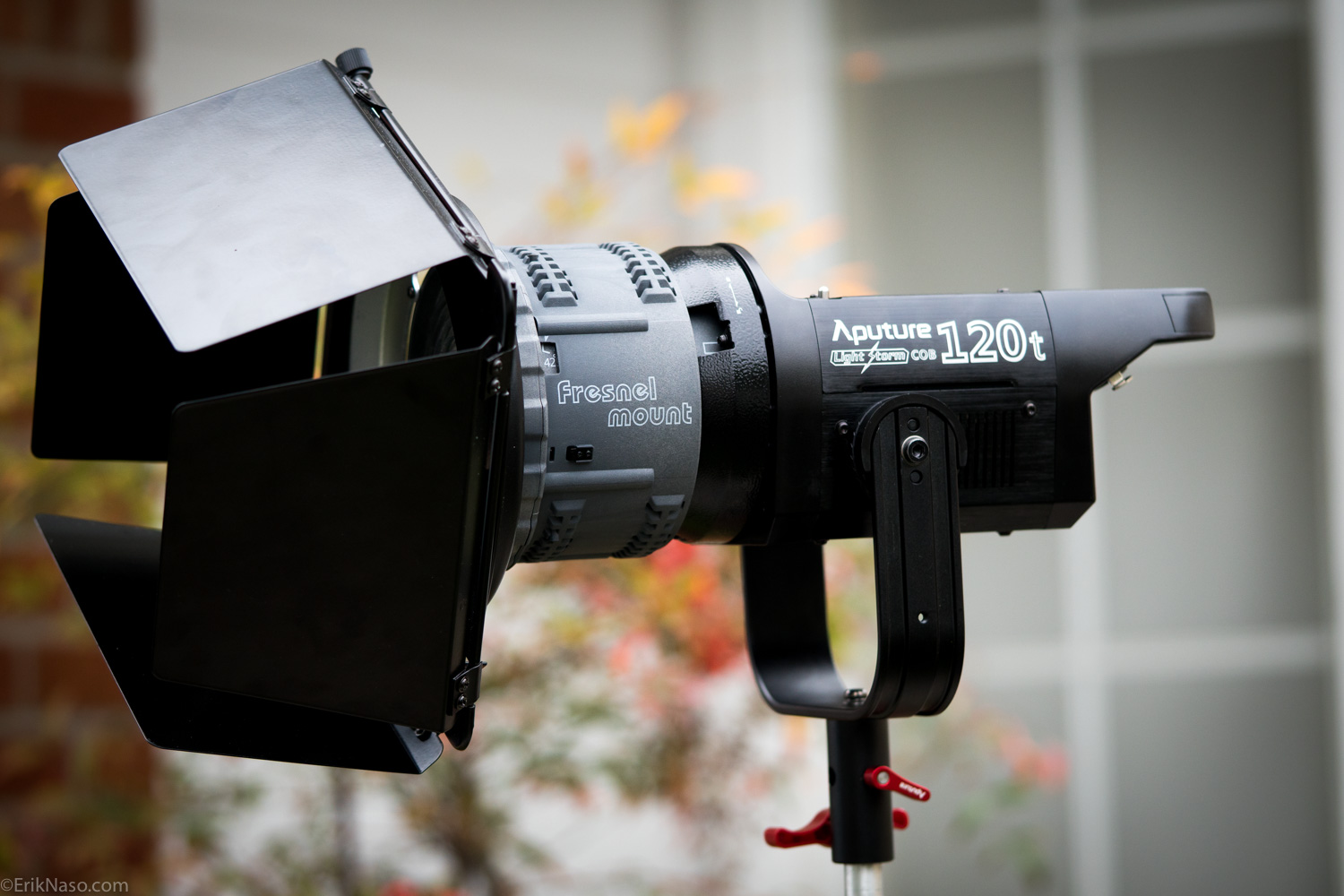 aputure-fresnel-with-bard-doors